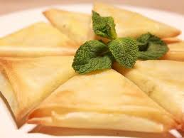 cuisiner les feuilles de brick panier de brick aux fruits de mer recettes femme actuelle
