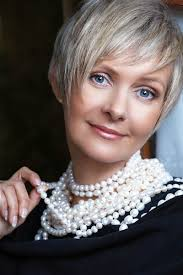 pictures on short hairstyles for older women with fine straight