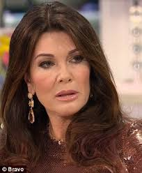 what skincare does lisa rimma use real housewives reunion sees lisa rinna throws lisa vanderpump under