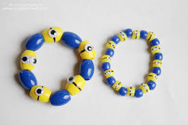 bracelet pattern tutorials images Minion bracelet tutorial video included make it and love it jpg