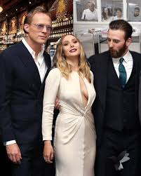 Boobs Meme - chris evans staring at elizabeth olsen s breasts at captain america