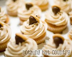 fall pumpkin pie spiced buttercream cucpcakes nothing but country