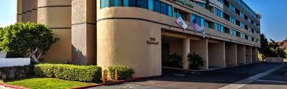 Comfort Inn And Suites Anaheim Holiday Inn Hotel U0026 Suites Anaheim Fullerton Hotel By Ihg
