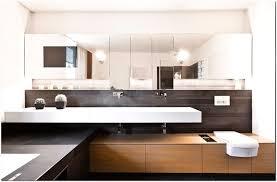 fernseher badezimmer badezimmer fernseher 81 ot tft tv hinter spiegel verstecken