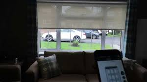 Battery Operated Window Blinds Qmotion Battery Operated Electric Roller Blinds Operated On Iphone