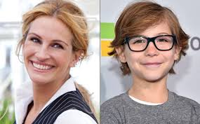 in the new movie wonder julia roberts plays the mother of a child