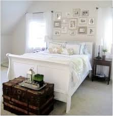 White Sleigh Bed This Is My Bed She Painted In White And Then Distressed It Love