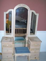 Cheap Vanity Sets Cheap Vanities For Ideas With Bedroom Vanity Sets Table Images