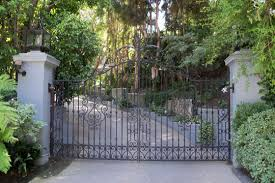 frank sinatra house frank sinatra house images frank sinatra s beverly hills a tour of his favorite haunts bh