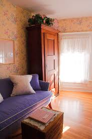5 guest rooms that are making our bedrooms extremely jealous media door county bed and breakfast sturgeon bay wi a guest room 3 english lavender main home decor