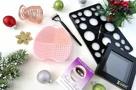 top 10 most unique makeup stocking stuffer ideas for women