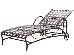 Wrought Iron Chaise Lounge Best 25 Fe Iron Ideas On Pinterest Foods With Calcium Foods