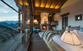 chambre chalet montagne design interieur atmosphère chaleureuse déco chalet montagne