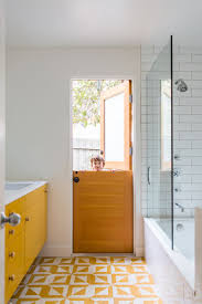 Yellow Tile Bathroom Ideas Best 25 Yellow Baths Ideas On Pinterest Diy Yellow Bathrooms