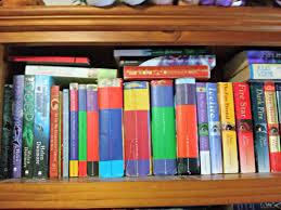 bookshelf tour lots of pretty books the loony teen writer