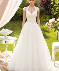white wedding gowns white wedding dresses images best 25 white wedding dresses ideas on