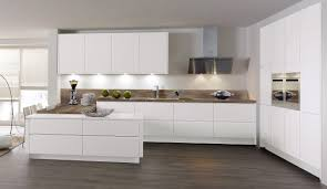 weiße küche mit holz weiße küche mit holz home design ideas harmonyfarms us