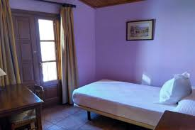 cozy room w barcelona spain vacation packages barcelona costa brava