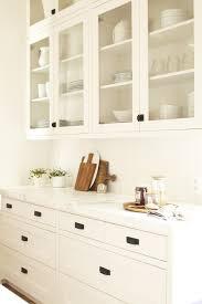 how to clean kitchen cabinet lavish home design