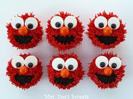 elmo cupcakes cupcake ideas