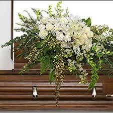 garden elegance casket spray funeral flowers lulu s flowers