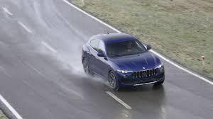maserati sport 2016 maserati levante diesel 2016 review by car magazine