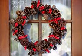 pine cone and berry wreath 101 days of