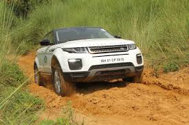 land rover range rover off road land rover off road drive experience comes to delhi ncr