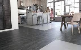 sol vinyl pour cuisine sol vinyle pour cuisine revatement de sol vinyle maclou