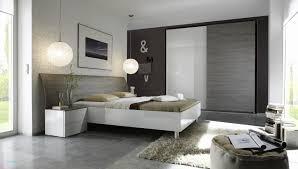 chambre contemporaine design tableau contemporain design gris avec peinture grise pour chambre