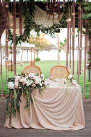 Sweetheart Table Decorations лагерь для флористов и декораторов Wedding Camp Black Wedding