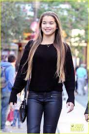 how do you do paris berlcs hairstyle on mighty med paris berelc amber montana pair up for some holiday shopping