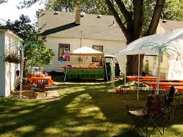 Fall Backyard Wedding Ideas Cheap Backyardedding Receptions Best Outdoor Ideas Fall Food Weddias