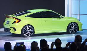 honda stuns auto world with return of u0027sporty u0027 civic chicago tribune
