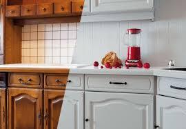 peinture resine meuble de cuisine 7 idées pour relooker les placards de cuisine bnbstaging le