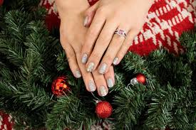 it u0027s because i think too much subtly glam christmas nails