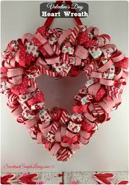Handmade Decoration For Valentine S Day by Valentine U0027s Day Heart Wreath With Free Tutorial Heart Wreath