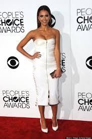 jessica alba stuns in white strapless dress at people u0027s choice