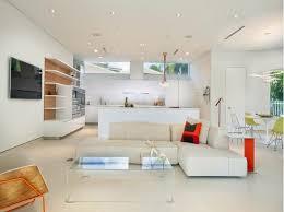 cuisine blanche ouverte sur salon décoration salon ouvert sur la cuisine décor de maison