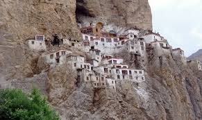 Rugged Cliff Synonym 54 Best Places To Visit In Leh Of 2017
