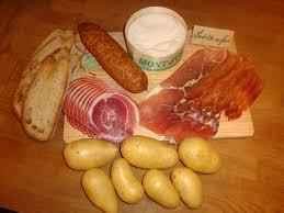 cuisiner le mont d or les fromages de clairette recette le mont d or au four les