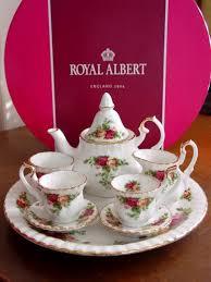 country roses tea set royal albert country roses le miniature tea set teaset