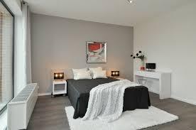 chambre à coucher blanc et noir décoration chambre coucher adulte blanc noir jpg 640 425 couture
