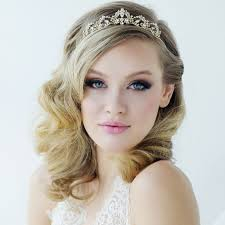 bridal tiara best 25 wedding tiara hairstyles ideas on tiara