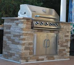 Outdoor Island Kitchen by For The Outdoor Bbq Island Air Stone At Lowe U0027s 8 Sq Ft For 50