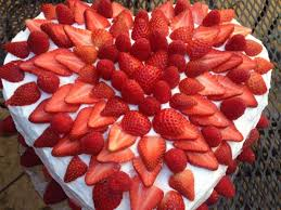 How To Decorate Heart Shaped Cake Decorating A Heart Shaped Cake Cooking With Trader Joe U0027s