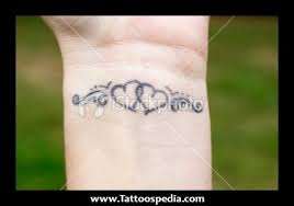 love heart n star wrist tattoo design photos pictures and