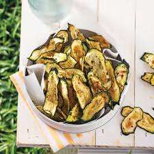 cuisine courgettes chips de courgettes au parmesan recettes cuisine et nutrition