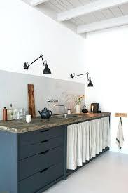 cuisine cacher rideau pour cacher placard cuisine la riau blue grey kitchens small