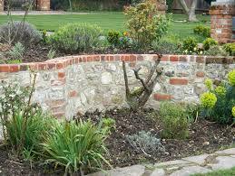 garden walling surrey hampshire aldershot farnham guildford